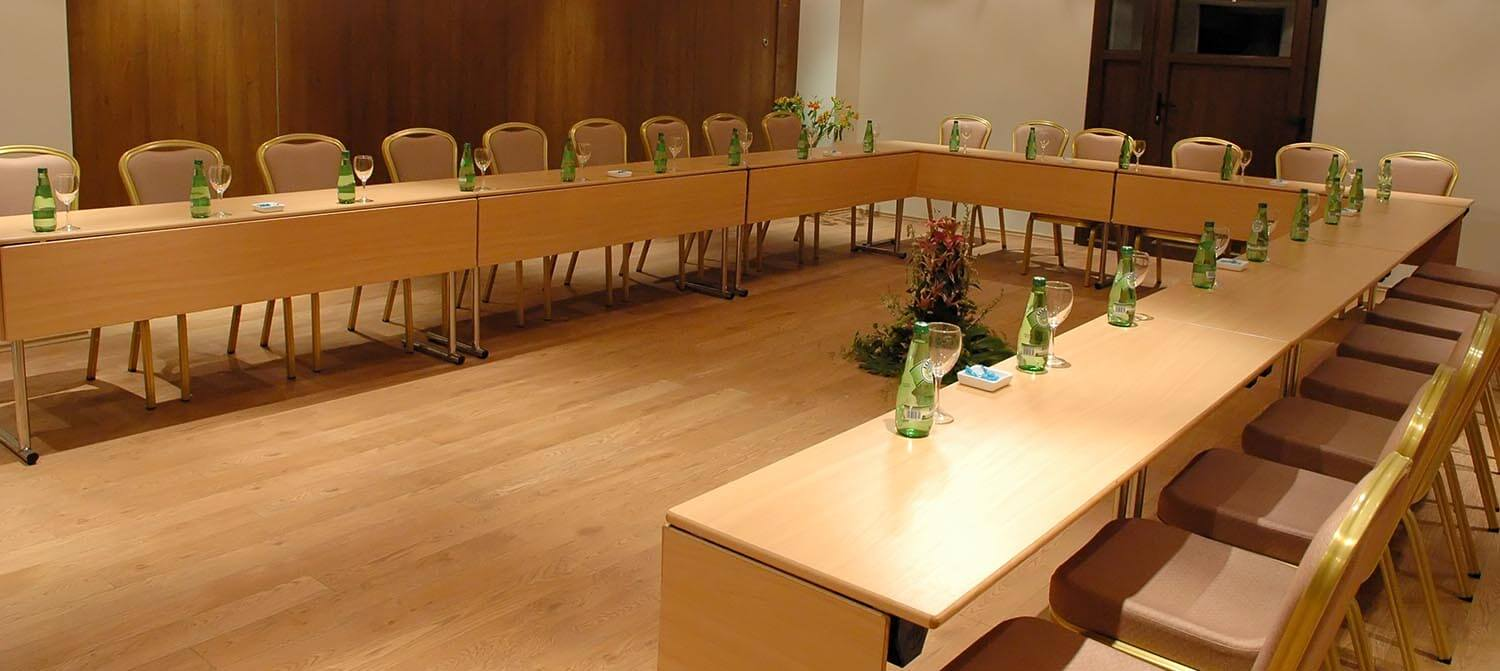Image courtesy of Polis Thessaloniki Convention Centre - Conference Room 1 - Greece