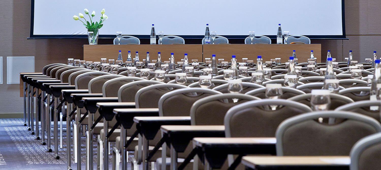 Fiora Conference Chairs Hero 2 1500x671