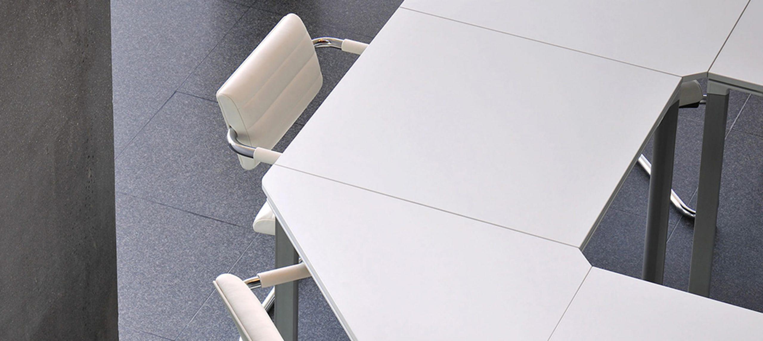 Meet-U Table and Tiani Chair _3036x1358